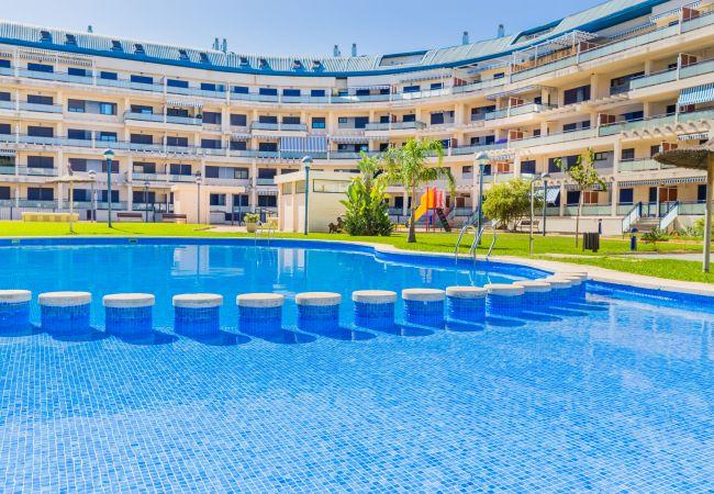 Apartamento en Denia - Denia Beach Apartment Sueños del Mar II, con Terraza y Piscina